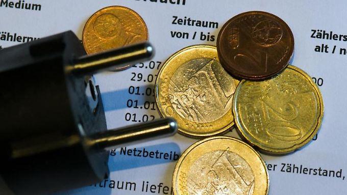 Verbraucher müssen mit steigenden Stromrechnungen rechnen. Foto: Arno Burgi