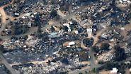 Luftaufnahmen zeigen, was die Flammen in Teilen von Yarnell hinterließen: Asche, Trümmer und nochmals Asche. Eine Fläche groß wie 2000 Fußballfelder soll betroffen sein.