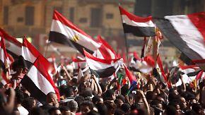 Jubel auf ägyptischen Straßen nach dem Militärputsch gegen Mursi.