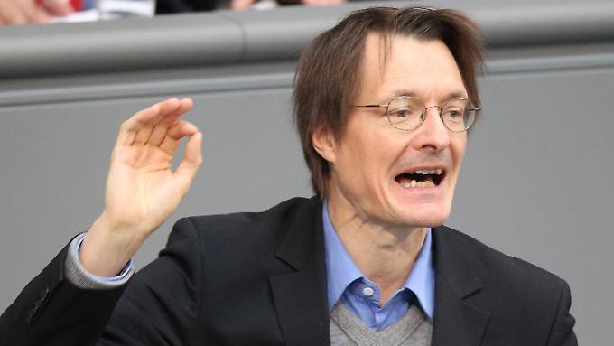 Karl Lauterbach ist Professor für Gesundheitsökonomie und hat das SPD-Konzept der Bürgerversicherung maßgeblich mitgestaltet.