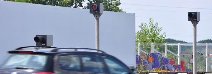 Einnahmen in ungeahnter Höhe beschert dieser Blitzer auf der A2 bei Bielefeld.