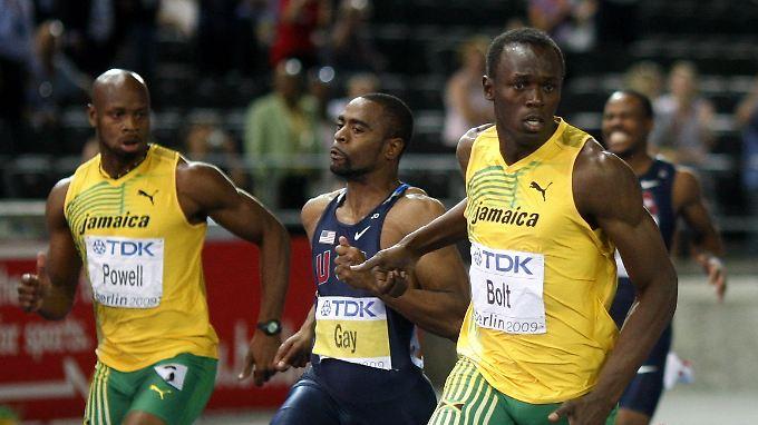 Superstar Usain Bolt läuft allen Konkurrenten lässig davon - auch den gedopten. Das sorgt für immer größere Skepsis.