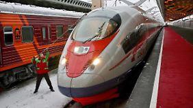 Der Wanderfalke von Siemens in St. Petersburg.
