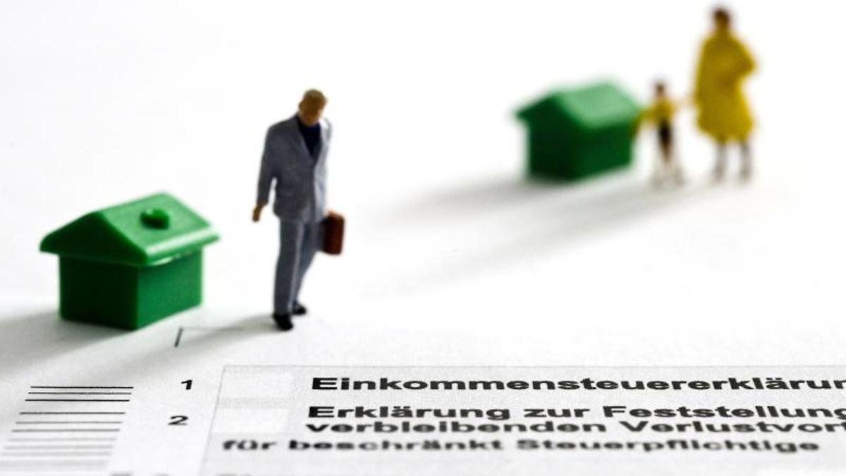 klatsche f rs finanzamt doppelter haushalt trotz wohnung mit eltern n. Black Bedroom Furniture Sets. Home Design Ideas