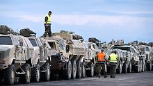 Die Bundeswehr zieht schweres Gerät auf Afghanistan ab.