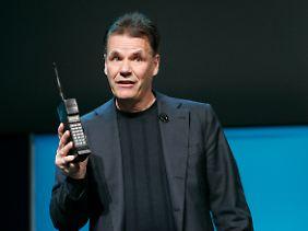 Im Januar erinnerte Nokia-Chef Kallasvuo auf einer Messe in Las Vegas daran, wie Mobiltelefone 1987 aussahen.