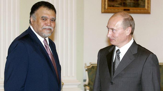 Präsident Putin und Prinz Bandar sind alte Bekannte - das Foto entstand bei einem Besuch des Geheimdienstchefs im Kreml 2007.