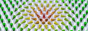"""Skyrmionen wie """"Knoten im Taschentuch"""": Winzige Magnetwirbel sind Datenspeicher"""