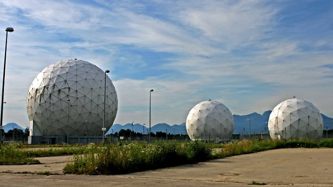 Die ehemalige Abhörbasis der NSA in Bayern. Sie wurde 2004 geschlossen. Das Gelände ging an Deutschland.
