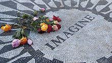 In New York erinnert ein Mosaik an John Lennon.