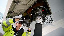 Der Börsen-Tag: Lufthansa-Aktionäre fliehen vor Ölpreis