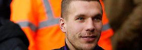 Bei Arsenal sitzt Podolski auf der Bank.