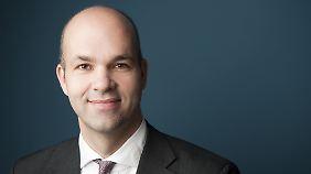 Marcel Fratzscher - Leiter des Deutschen Instituts für Wirtschaftsforschung - sieht den Anti-Euro-Kurs skeptisch.
