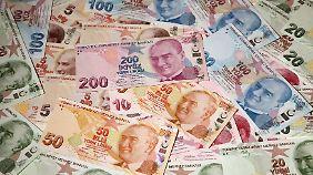 Die Türkische Lira sinkt auf ein Rekordtief.