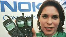 Mit Modellen wie dem 3110 von 1997 hatte Nokia ein Handy für die breite Masse geschaffen.