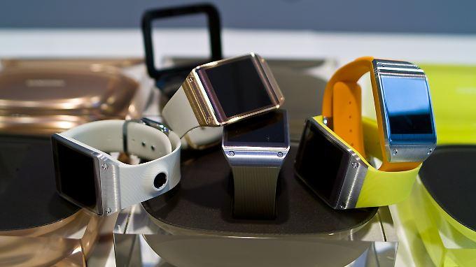 Die Smartwatch Samsung Galaxy Gear geht nur mit Smartphones aus dem eigenen Haus Verbindungen ein.