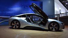Der Preis ist aber alles andere als stromlinienförmig: Ganze 125.000 Euro wollen die Münchner für ihren 1490 Kilogramm leichten und 250 km/h schnellen Sportwagen haben.