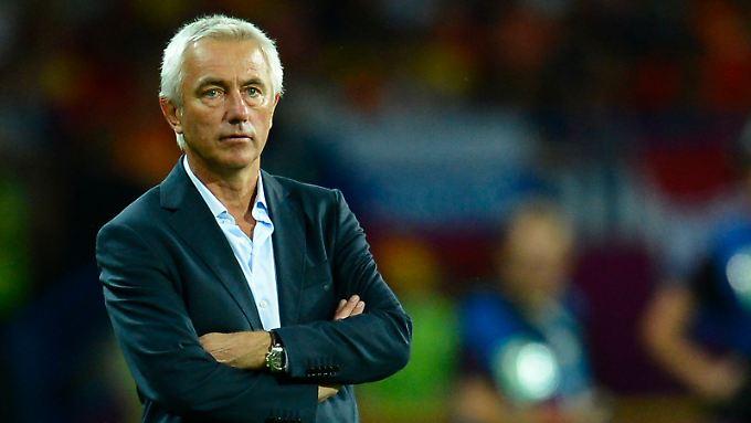 Bert van Marwijk soll beim HSV in Zukunft weitere sportliche Miseren verhindern.