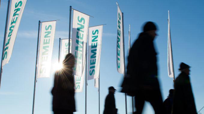 15.000 Jobs will Siemens einsparen, rund 5000 davon in Deutschland.