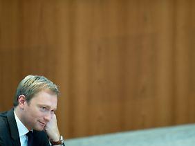 Christian Lindner soll es richten - immerhin, neue Haare hat er schon.