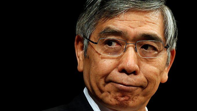 Die Aktion von BoJ-Chef Kuroda kommt nicht uneingeschränkt gut an.