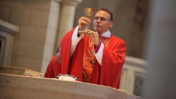 Der Limburger Bischof Franz-Peter Tebartz-van Elst hielt sich in der Kostenfrage eher bedeckt.