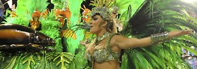 Magie trifft Realität: Der brasilianische Karneval ist ein rauschendes Fest. Für viele Menschen sind die Verkleidungen und Kostüme jedoch gleichzeitig eine der wenigen Chancen, der Armut zu entfliehen.