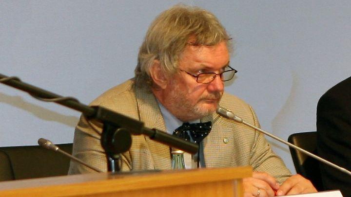 Chemiewaffenexperte Trapp hat die Organisation für das Verbot chemischer Kampfstoffe in den 1990er Jahren mit aufgebaut. 2013 erhielt die OPCW den Friedensnobelpreis.