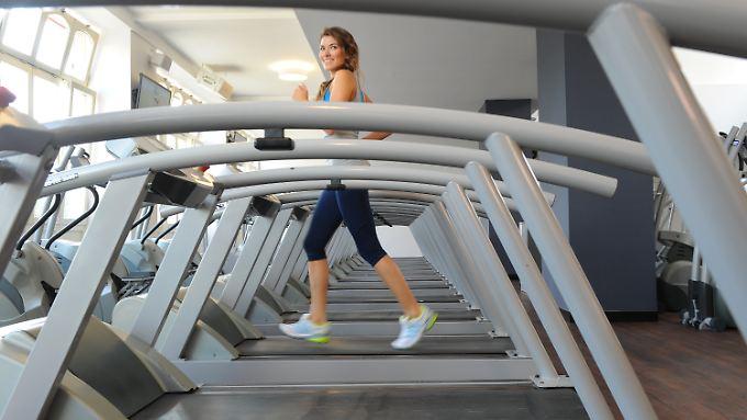 Das Schöne mit dem Nützlichen verbinden: Einer Studie zufolge fördert Musikmachen beim Sport sowohl den Muskelaufbau als auch die Ausschüttung von Glückshormonen.