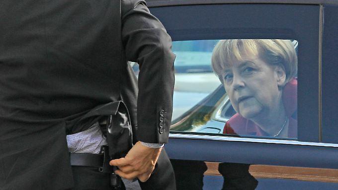 Angela Merkel ist derzeit in Brüssel beim EU-Gipfel. Auch dort wird die NSA-Affäre eine Rolle spielen. Bislang äußerte sich die Kanzlerin öffentlich allerdings nicht.
