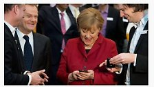 """Obamas geheimer Draht zu Merkel: Deutschland lacht über """"Merkelphone"""""""