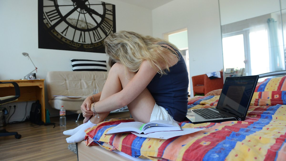 hotel mama immer beliebter studenten werden nicht fl gge n. Black Bedroom Furniture Sets. Home Design Ideas