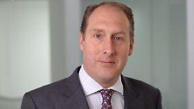 Alexander von Franckenstein verfügt über 20 Jahre Erfahrung als Investmentberater. Bei der Focam AG ist er als Managing Director u.a. für verschiedene Vermögensmanagementmandate und als Fondsmanager für den GF Agro & Forrest Fonds zuständig.