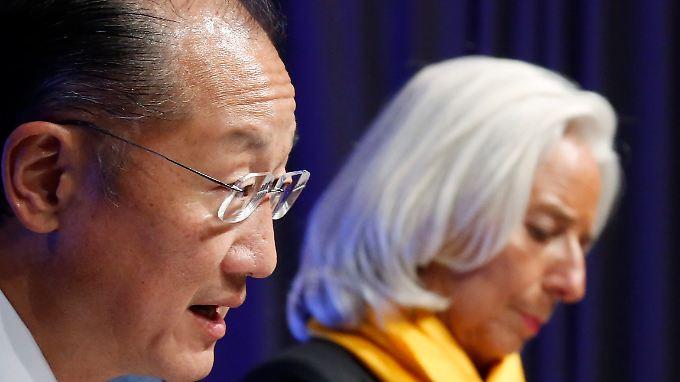 Offenbar standen auch die Weltbank unter Präsident Jim Yong Kim (l) und der IWF unter Direktorin Christine Lagarde im Fokus der US-Geheimdienste.