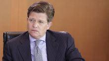 Klaeden leitet jetzt bei Daimler den Bereich Politik und Außenbeziehungen.