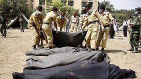 Dutzende Menschen starben im Februar 2009 bei der Meuterei.