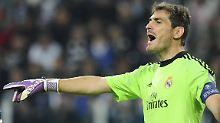 Mit Giefer einig, aber an Casillas dran?: Torwartdebatte erhitzt Schalker Gemüter