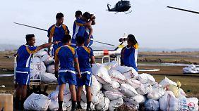 Taifun stürzt Philippinen ins Chaos: Katastrophenhelfer stehen vor logistischem Albtraum
