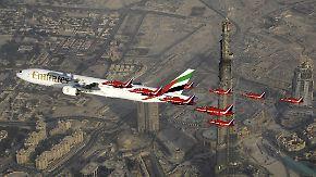 Emirate vergeben Rekordaufträge: Boeing und Airbus räumen in Dubai ab