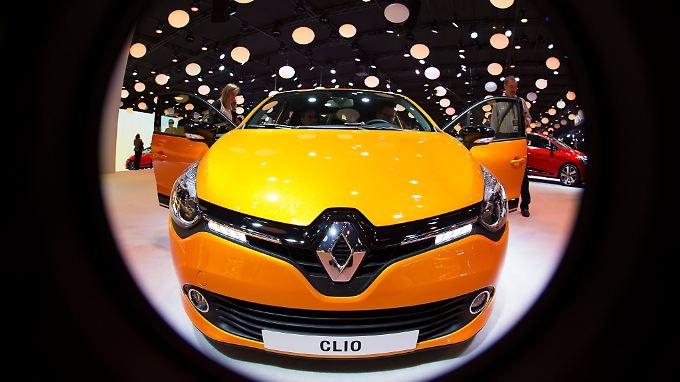 Nach Rot kommt Gelb: Den zweiten Monat in Folge steigen die Neuwagenverkäufe in der EU. Renault profitiert besonders.