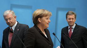 Auch Koch und Wulff beendeten unter Merkel ihre politische Karriere.