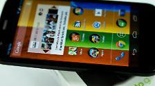 ... oder ein Moto G? Es gibt sooo viele neue Android-Smartphones.