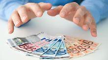 Garantiefonds gelten als relativ sichere Geldanlage, trotzdem sollten Anleger einige Regeln beachten.