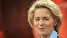 """Erste Frau auf dem Posten des Verteidigungsministers: """"Nun muss von der Leyen überleben lernen"""""""