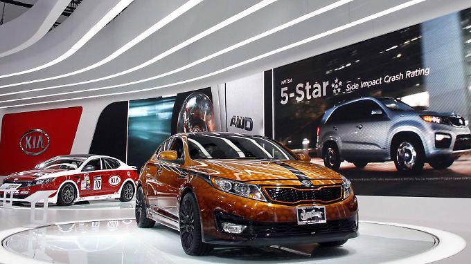 Kia KS Hybrid (M): Technologieführerschaft sichert einer Studie zufolge die Unabhängigkeit. Der Hyundai-Konzern, zu dem die Marke Kia gehört, könnte auch knftig eigenständig fahren.