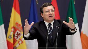 Schuldenberg noch immer gewaltig: Barroso spricht krisengeplagten Griechen Mut zu