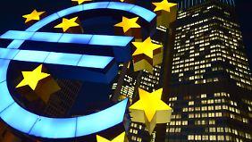 Mit der Überarbeitung möchte die EZB hart gegen Geldfälscher vorgehen.