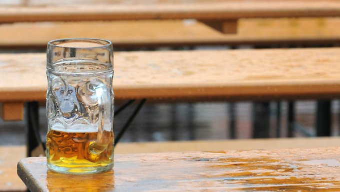 Durst vergangen, weil zu viel bezahlt? Über Jahre haben sich Brauereien beim Preis abgesprochen.