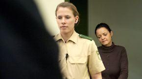 Beate Zschäpe, das einzige überlebende NSU-Mitglied, steht seit Mai 2013 vor Gericht.