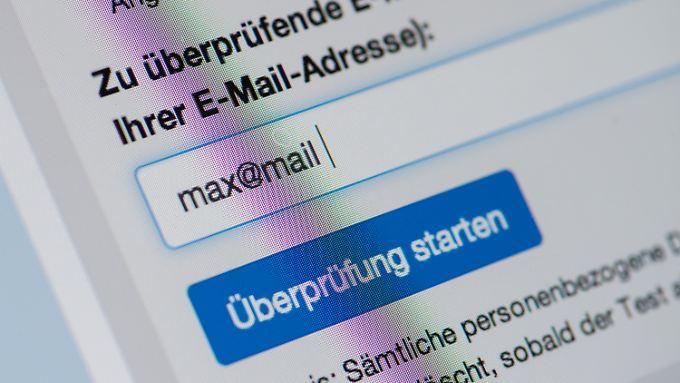 Auf der Seite des BSI können Nutzer ihre Mail-Konten überprüfen.